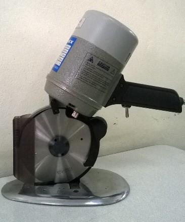 Maquina de cortar tecido disco 5